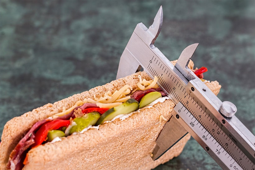 How to Lose Extra Pounds Without Going to the Gym