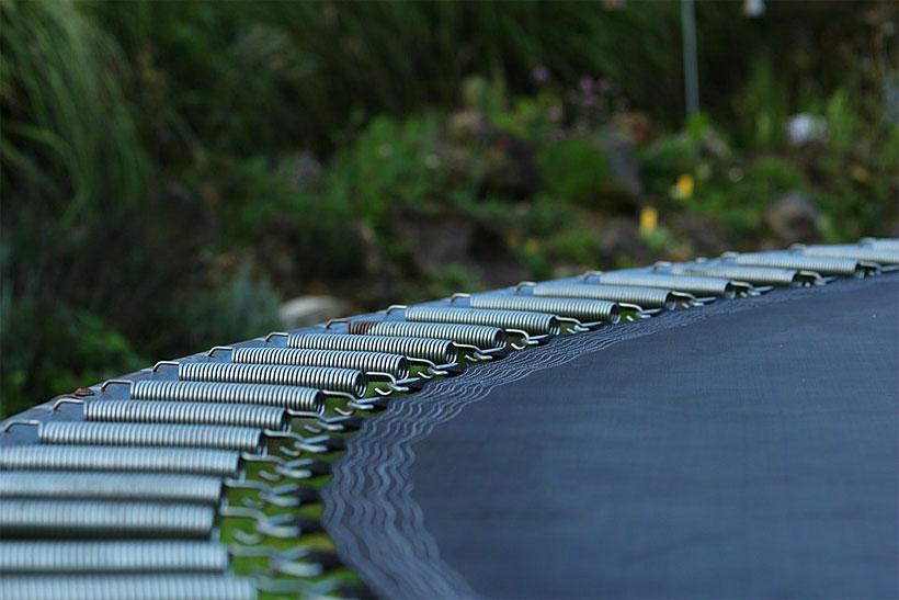 11 Amazing Health Benefits of Trampolining